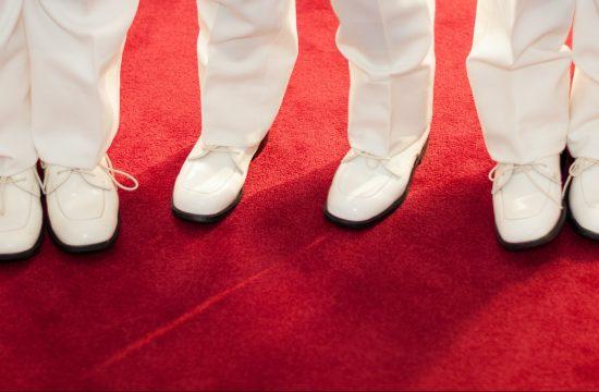 Symbol sławy i władzy. Dlaczego czerwony dywan jest… czerwony?